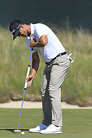 Adam Scott (AUS) putts on the 16th green during Thursday's Round 1 of the 118th U.S. Open Championship 2018, held at Shinnecock Hills Club, Southampton, New Jersey, USA. 14th June 2018.<br /> Picture: Eoin Clarke | Golffile<br /> <br /> <br /> All photos usage must carry mandatory copyright credit (&copy; Golffile | Eoin Clarke)