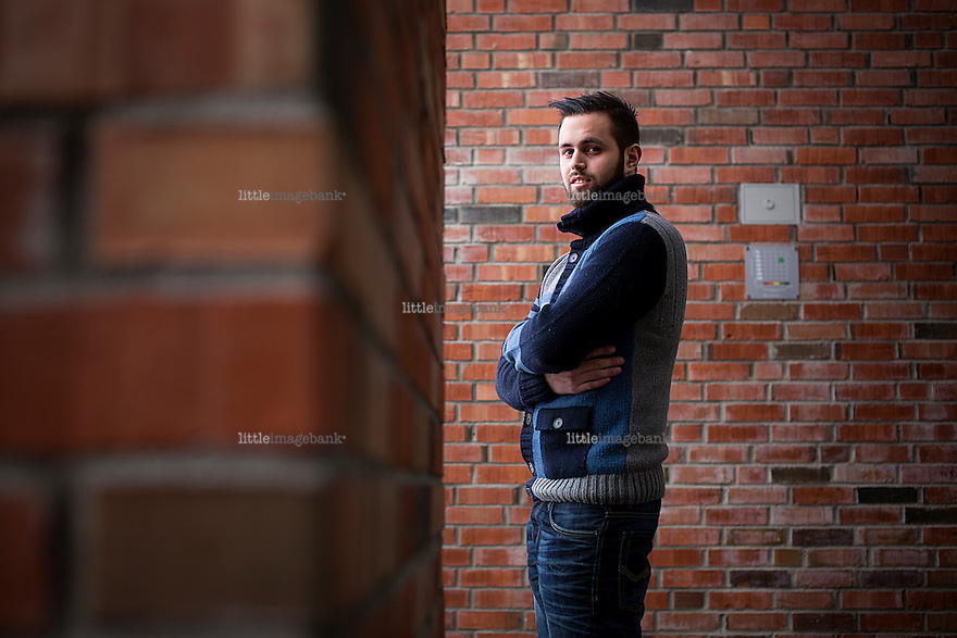 Oslo, Norge, 28.01.2013. Yousef B. Assidiq fotografert ved skolen sin i Oslo. Foto: Christopher Olssøn.