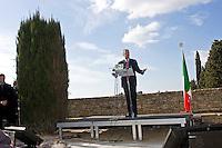 Spello, 10 February, 2008. Walter Veltroni durante il suo intervento per il lancio della campagna elettoraleValter Veltroni ha deciso di non ricandidarsi alle prossime elezioni dando così il via a quel fenomeno del rinnovamento nel Parlamento Italiano che sembra sarà il leitmotiv della prossima campagna elettorale.