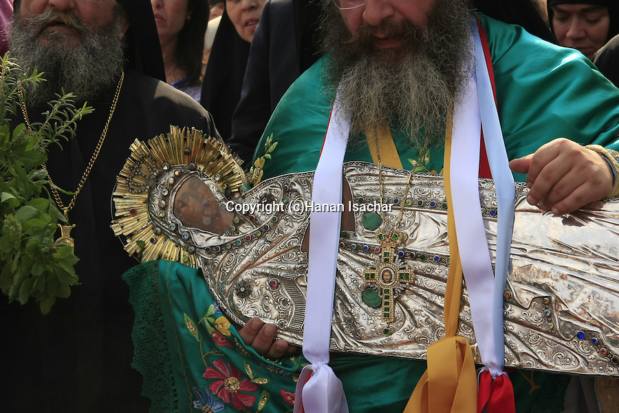 Israel, Jerusalem, Greek Orthodox Assumption Day procession from Mary's Tomb to the Church of the Holy Sepulchre