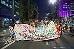 Manifestaçao de maes e familiares contra raçao farinata na merenda escolar. Avenida Paulista, Sao Paulo. Brasil. 2017. Foto de Juca Martins.