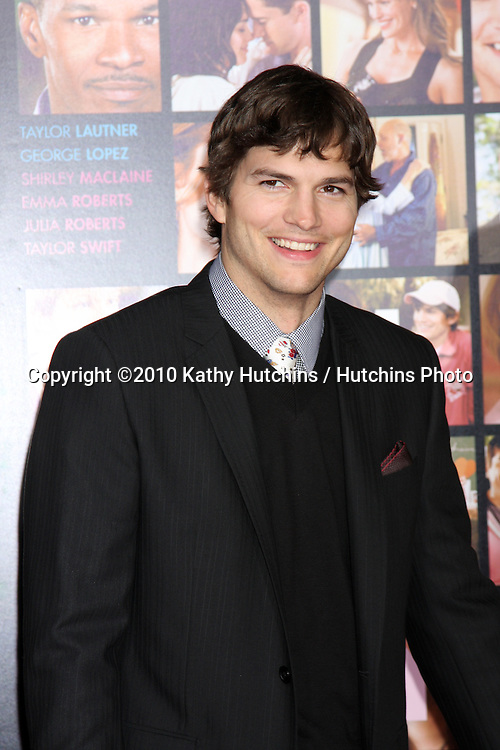 Ashton Kutcher.arrivng at the Valentine's Day World Premiere.Grauman's Chinese Theater.Los Angeles, CA.February 8, 2010.©2010 Kathy Hutchins / Hutchins Photo....