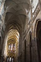 Europe/République Tchèque/Prague:Cathédrale Saint-Guy la nef et le choeur- architecture gothique