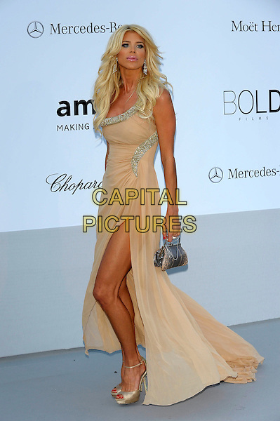 Victoria Silvstedt.AmFAR Cinema Against AIDS 2012, Hotel du Cap, Antibes during the 65th  Cannes Film Festival, France..24th May 2012.full length dress silver beige slit split beads beaded clutch bag.CAP/PL.©Phil Loftus/Capital Pictures.
