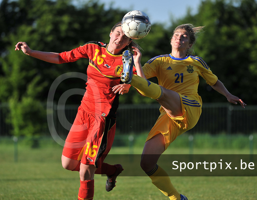 Belgium - Ukraine : Nicky Van Den Abbeele in duel met Daria Vorontsova (21)<br /> foto DAVID CATRY / Nikonpro.be