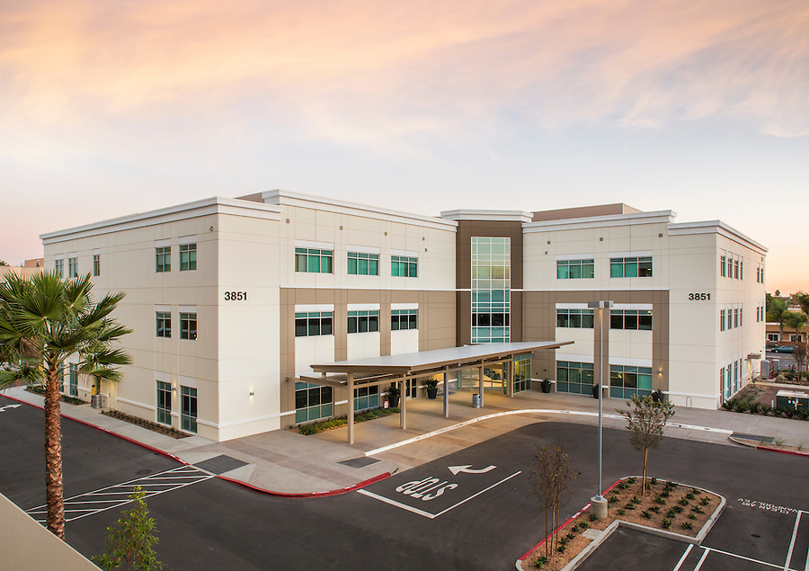 Boulder Associates Architects - Los Alamitos Medical Office Building - Los Alamitos, California