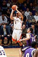 090307-Stephen F Austin @ UTSA Basketball (M)