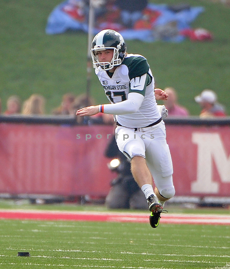 Michigan State Spartans Kevin Muma (17) in action during a game against Indiana on October 6, 2012 at Memorial Stadium in Bloomington, IN. Michigan State beat Indiana 31-27.