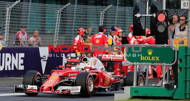 20.03.2016. Albert-Park-Circuit, Melbourne,  AUS, F1, Formula 1 Rolex Australien Grand Prix,  Race01 im Bild   <br /> Sebastian Vettel (GER#5), Scuderia Ferrari<br /> <br /> <br /> Foto &copy; nordphoto /  Bratic