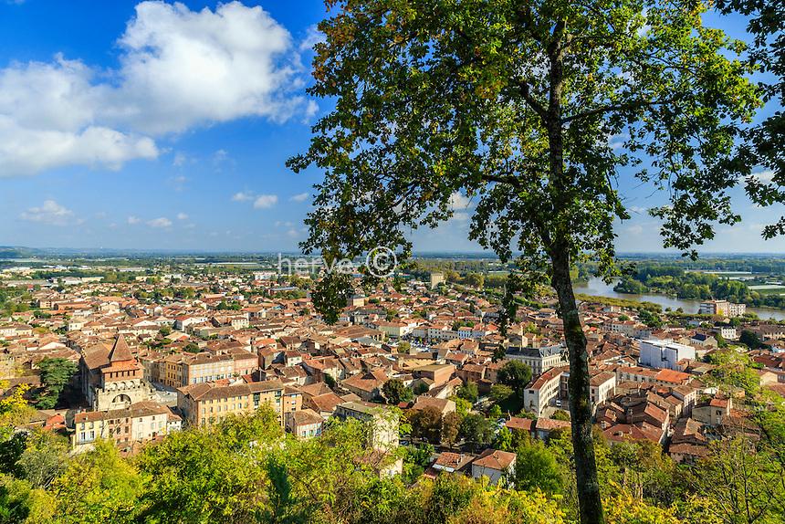 France, Tarn-et-Garonne (82), Moissac, vue générale depuis le site du calvaire // France, Tarn et Garonne, Moissac, general view from the Calvary Site