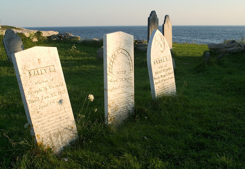 Old cemetery marks the graves of the notable Caswell family of Gosport, Star Island, Isles of Shoals. Photograph by Peter E. Randall