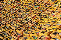 Tanzania, Tanga, yellow jerry cans for water transport / TANSANIA, Tanga, gelbe Plastik Behaelter fuer Wasser Transport