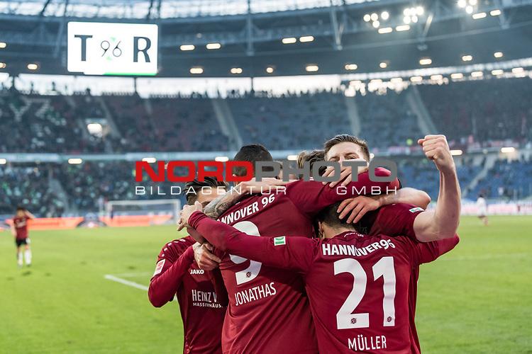 09.02.2019, HDI Arena, Hannover, GER, 1.FBL, Hannover 96 vs 1. FC Nuernberg<br /> <br /> DFL REGULATIONS PROHIBIT ANY USE OF PHOTOGRAPHS AS IMAGE SEQUENCES AND/OR QUASI-VIDEO.<br /> <br /> im Bild / picture shows<br /> Jubel 2:0, Nicolai M&uuml;ller / Mueller (Neuzugang Hannover 96 #21) bejubelt seinen zweiten Treffer im Spiel mit Jonathas De Jesus (Hannover 96 #09) und Teamkollegen,  <br /> <br /> Foto &copy; nordphoto / Ewert