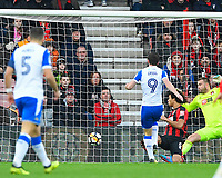 Will Grigg of Wigan Athletic (9) fires past AFC Bournemouth keeper Artur Boruc of AFC Bournemouth for the first goal during AFC Bournemouth vs Wigan Athletic, Emirates FA Cup Football at the Vitality Stadium on 6th January 2018