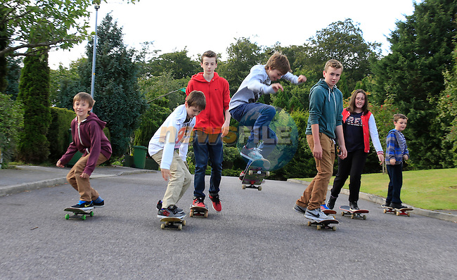 children from 5 Oaks with there skate boards.<br /> Picture Fran Caffrey www.newsfile.ie