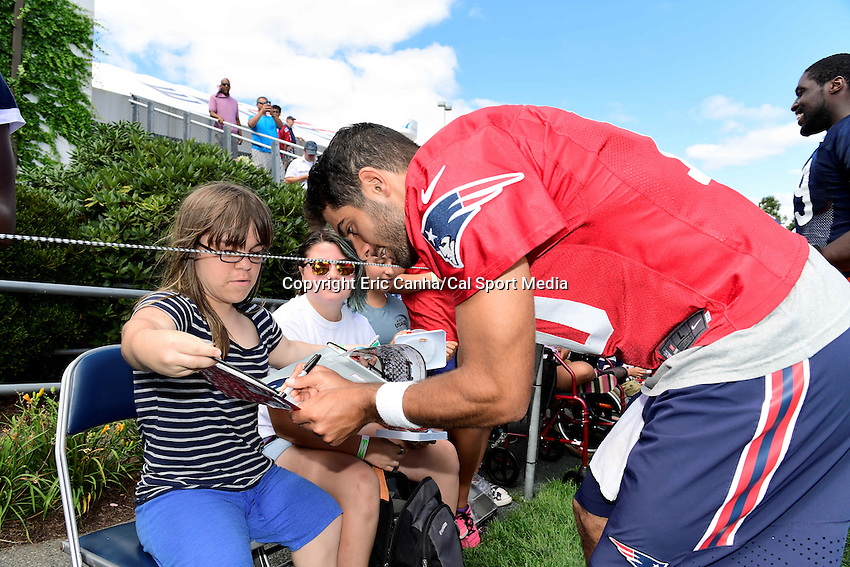Wednesday, August 17, 2016: New England Patriots quarterback Jimmy Garoppolo (10) signs an autograph for a fan at a joint training camp session between the Chicago Bears and the New England Patriots held at Gillette Stadium in Foxborough Massachusetts. Eric Canha/CSM