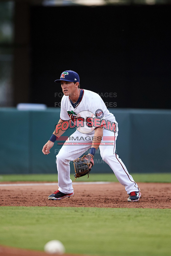 Fort Myers Miracle third baseman Logan Wade (4) during a game against the Brevard County Manatees on April 13, 2016 at Hammond Stadium in Fort Myers, Florida.  Fort Myers defeated Brevard County 3-0.  (Mike Janes/Four Seam Images)