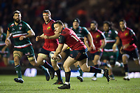 Rory Scannell of Munster Rugby looks to pass the ball. European Rugby Champions Cup match, between Leicester Tigers and Munster Rugby on December 17, 2017 at Welford Road in Leicester, England. Photo by: Patrick Khachfe / JMP