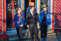 """Innensenator besucht Falken-Neukoelln.<br /> Innensenator Andreas Geisel besuchte am Freitag den 27. Januar 2017 das Anton-Schmaus-Haus der Jugendorganisation """"Falken"""". Das Anton-Schmaus-Haus wurde in der Vergangenheit mehrfach Ziel von Brandanschlaegen durch Rechte. Mitarbeiter des Anton-Schmaus-Haus und Mitglieder der Falken wurden immer wieder Opfer von Attacken durch Rechte bis hin zu Brandanschlaegen gegen Privatautos.<br /> 27.1.2017, Berlin<br /> Copyright: Christian-Ditsch.de<br /> [Inhaltsveraendernde Manipulation des Fotos nur nach ausdruecklicher Genehmigung des Fotografen. Vereinbarungen ueber Abtretung von Persoenlichkeitsrechten/Model Release der abgebildeten Person/Personen liegen nicht vor. NO MODEL RELEASE! Nur fuer Redaktionelle Zwecke. Don't publish without copyright Christian-Ditsch.de, Veroeffentlichung nur mit Fotografennennung, sowie gegen Honorar, MwSt. und Beleg. Konto: I N G - D i B a, IBAN DE58500105175400192269, BIC INGDDEFFXXX, Kontakt: post@christian-ditsch.de<br /> Bei der Bearbeitung der Dateiinformationen darf die Urheberkennzeichnung in den EXIF- und  IPTC-Daten nicht entfernt werden, diese sind in digitalen Medien nach §95c UrhG rechtlich geschuetzt. Der Urhebervermerk wird gemaess §13 UrhG verlangt.]"""