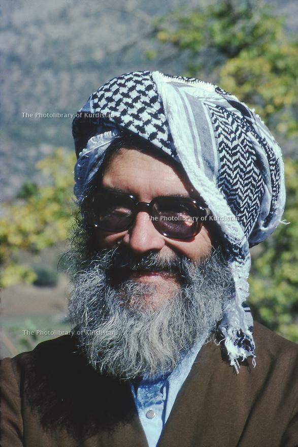 Iran1979.Portrait of Sheikh Ezzedine Husseini in his headquarters near the Iraqi border.Iran 1979.Sheikh Ezzedine Husseini a son quartier general pres de la frontiere irakienne