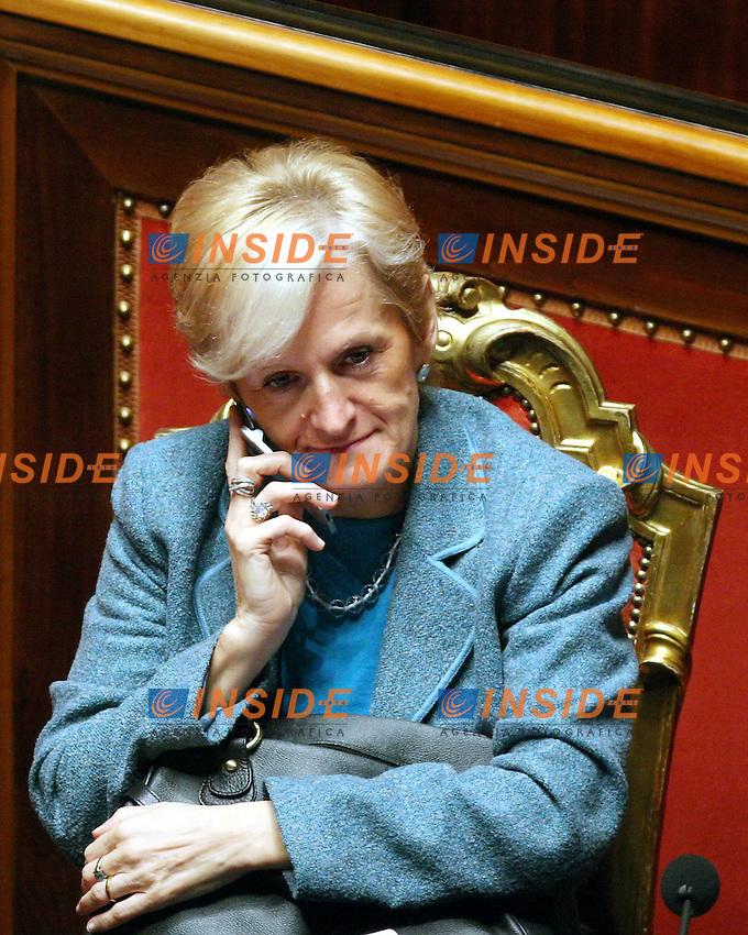 Roma 14-11-2006 Senato:Votazione sul Decreto Fiscale<br /> Nella foto il ministro della Salute Livia Turco<br /> Photo Serena Cremaschi Inside (www.insidefoto.com)