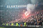 Stockholm 2015-05-25 Fotboll Allsvenskan Djurg&aring;rdens IF - AIK :  <br /> Djurg&aring;rdens supportrar med bengaler inf&ouml;r den andra halvleken under matchen mellan Djurg&aring;rdens IF och AIK <br /> (Foto: Kenta J&ouml;nsson) Nyckelord:  Fotboll Allsvenskan Djurg&aring;rden DIF Tele2 Arena AIK Gnaget supporter fans publik supporters bengal bengaler r&ouml;k