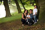 2014. Utrecht, family portrait on location.<br /> <br /> photo by Michael Kooren