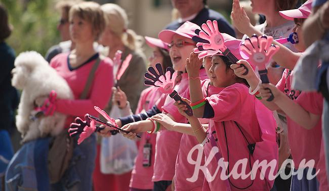 Giro d'Italia stage 13.Savano-Cervere: 121km..pink hands/fans