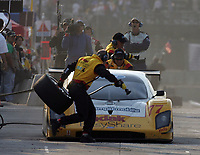 Pit stop, #77 Ford Doran, Harrison Brix, Terry Borcheller, Mexico City 250, Grand-Am Rolex Series Race, Mexico City, Mexico, March 2006.  (Photo by Brian Cleary/www.bcpix.com)