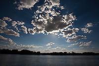 Santa Vitoria_MG, Brasil...Rio Paranaiba em Santa Vitoria...The Paranaiba river in Santa Vitoria...Foto: LEO DRUMOND / NITRO