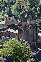 Europe/France/Midi-Pyrénées/12/Aveyron/Conques: Le village et l 'abbatiale Sainte-Foy