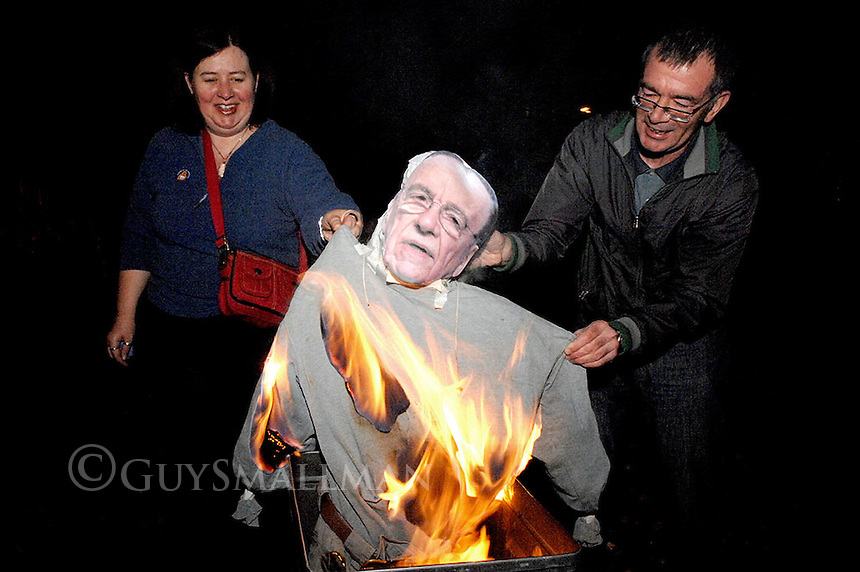 Members of Sheffield National Union of Journalists organise a meeting in conjunction with the NUJ Stand Up For Journalism Campaign. Before the meeting they celebrated Guy Fawkes nights by burning an effigy of Rupert Murdoch. The meeting was addressed by Jenny Lennox from the Manchester NUJ office and photojournalist Guy Smallman.