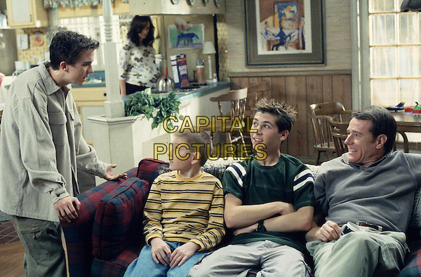 "FRANKIE MUNIZ, ERIK PER SULLIVAN, JUSTIN BERFIELD & BRYAN CRANSTON.in Malcolm In The Middle.""Future Malcolm"".Filmstill - Editorial Use Only.Ref: FB.www.capitalpictures.com.sales@capitalpictures.com.Supplied by Capital Pictures"