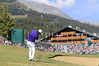 Thomas Aiken (RSA) plays his 2nd shot on the 18th hole during Saturday's Round 3 of the 2018 Omega European Masters, held at the Golf Club Crans-Sur-Sierre, Crans Montana, Switzerland. 8th September 2018.<br /> Picture: Eoin Clarke | Golffile<br /> <br /> <br /> All photos usage must carry mandatory copyright credit (&copy; Golffile | Eoin Clarke)
