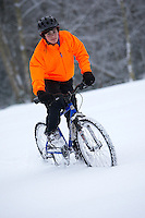 Sam Behr riding Kona Nunu mountain bike in snow..Wentworth, Virginia Water , Surrey ..February 2009..pic copyright Steve Behr / Stockfile