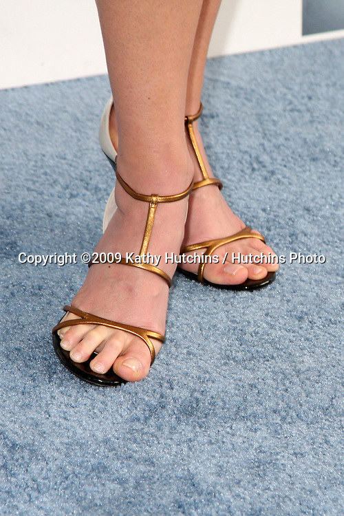 Andie MacDowell arriving at the  Film Indpendent's  24th Annual Spirit Awards on the beach in Santa Monica, CA  on.February 21, 2009.©2009 Kathy Hutchins / Hutchins Photo...                .