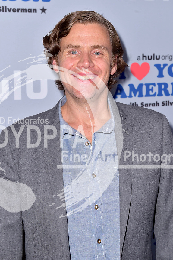 Gavin Purcell beim Fototermin zur der Hulu TV-Serie 'I Love You, America' im Chateau Marmont Hotel. Los Angeles, 11.10.2017