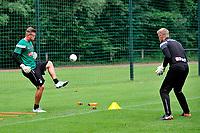 MARIENHOF - Voetbal, Trainingskamp FC Groningen , seizoen 2017-2018, 13-07-2017, FC Groningen doelman Segio Padt met Bas Roorda