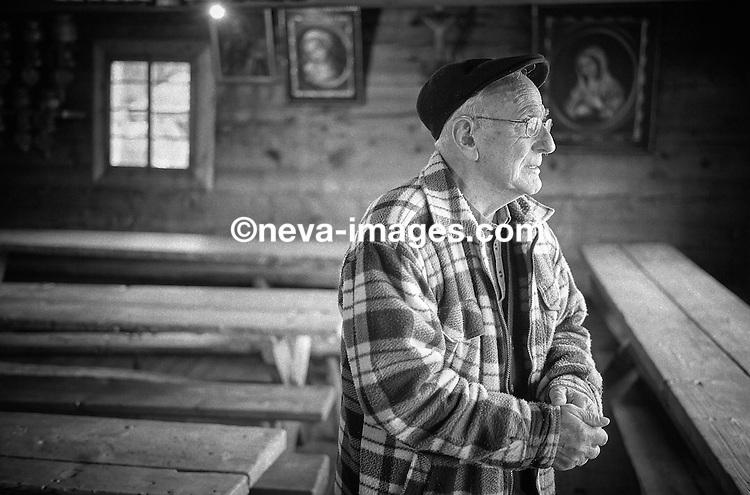 Grimentz, le 30 novembre 2016, Jean Vouardoux, ancien président de commune, Caviste de la bourgeoisie , maitre es Vin des glaciers © sedrik nemeth