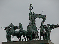 The Quadriga, Columbia in her chariot, in Prospect park Brooklyn. Images of New York 2004, New York,U.S.A