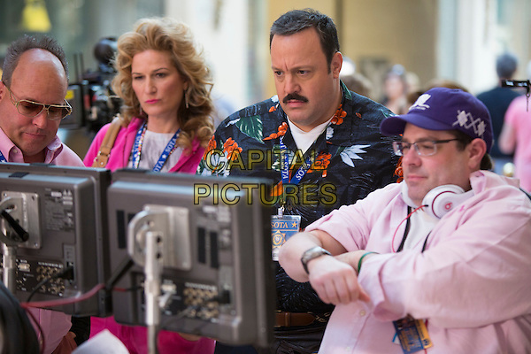 Gary Valentine, Ana Gasteyer, Kevin James and Director Andy Fickman<br /> on the set of Paul Blart: Mall Cop 2 (2015) <br /> *Filmstill - Editorial Use Only*<br /> CAP/FB<br /> Image supplied by Capital Pictures