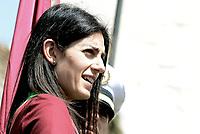 Roma, 25 Aprile 2018<br /> La Sindaca di Roma Virginia Raggi.<br /> 73&deg; Anniversario della Liberazione dal Nazi fascismo<br /> Corteo fino a Porta San Paolo