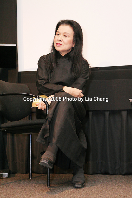 Eiko Yamaguchi presented DHH with Lifetime achievement award. Asian American Writers' Workshop celebrates 20th anniversary of M. Butterfly with a reading of the play by BD Wong and David Henry Hwang at the AAWW Literary Awards on 12//8/08. Photo by Lia Chang
