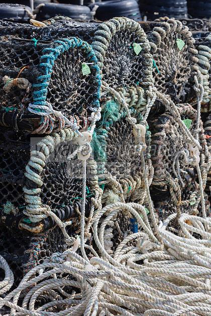 Europe/France/Normandie/Basse-Normandie/50/Manche/Barneville-Carteret : Port de Carteret: Casiers  pour la pêche aux crusracés // Europe/France/Normandie/Basse-Normandie/50/Manche/Barneville-Carteret:  Port of Carteret,  lobster trap