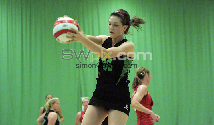 PICTURE BY VAUGHN RIDLEY/SWPIX.COM - Netball - England Netball Premier League Division 1 Play Offs - Sports Village, Hertfordshire, England - 02/05/09...Copyright - Simon Wilkinson - 07811267706...Blades v Wealden.