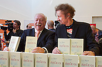 Vienna, Austria.<br /> Vienna Mayor Dr. Michael H&auml;upl (l.) and T.C. Boyle striking a pose for the press.<br /> &ldquo;Eine Stadt, ein Buch (one city, one book)&rdquo; opening ceremony  at the Hauptb&uuml;cherei (main library), Urban-Loritz-Platz.<br /> As every year since 2002, the city of Vienna in cooperation with various sponsors gives away 100.000 free copies of a book by a world class author, this time &ldquo;Am&eacute;rica&rdquo; (The Tortilla Curtain) by American author T.C. Boyle.<br />More info at www.einestadteinbuch.at