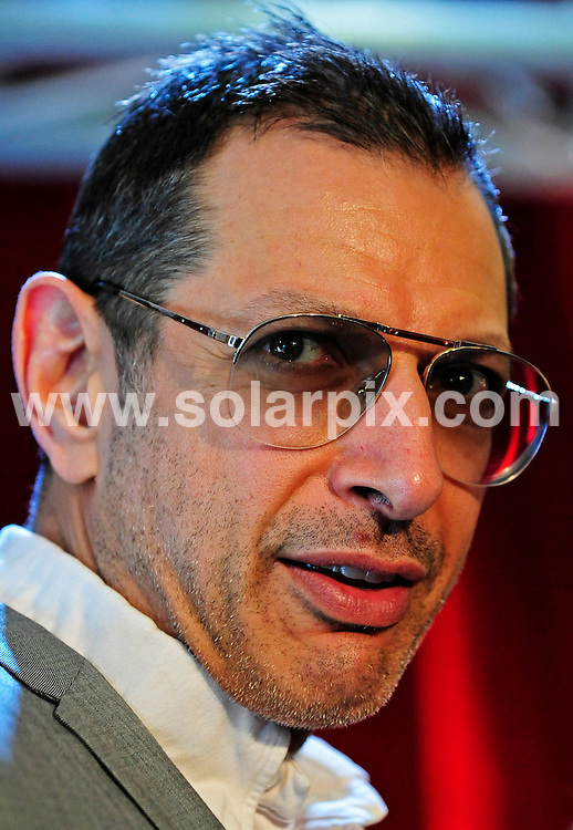 **ALL ROUND PICTURES FROM SOLARPIX.COM**.**SYNDICATION RIGHTS FOR UK AND SPAIN ONLY**.Actors Jeff Goldblum  and Kevin Spacey together with the British actress Laura Michelle Kelly during a press conference for the play Speed Plow at the Ruhr festival (Ruhrfestspiele) in the Ruhrfestspielhaus in Recklinghausen Nordrhein in Westfalen, Germany. .This pic:Jeff Goldblum.JOB REF:6307-CPR/Clemens Bilan    DATE:02_05_08.**MUST CREDIT SOLARPIX.COM OR DOUBLE FEE WILL BE CHARGED* *UNDER NO CIRCUMSTANCES IS THIS IMAGE TO BE REPRODUCED FOR ANY ONLINE EDITION WITHOUT PRIOR PERMISSION*