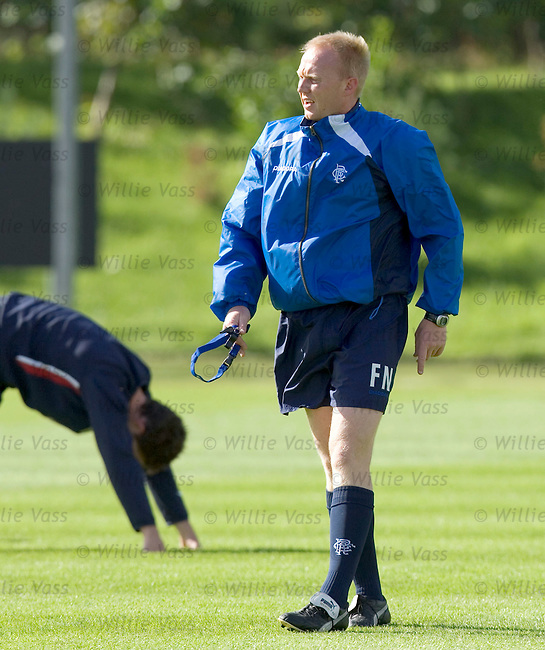 Frank Nuttall, Rangers fitness coach.stock season 2004-2005.pic willie vass