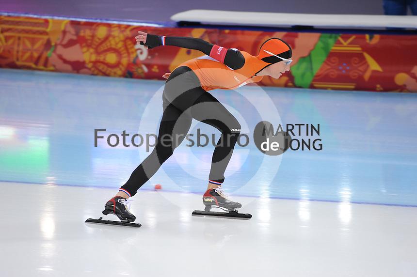 OLYMPICS: SOCHI: Adler Arena, 19-02-2014, Ladies' 5000m, Carien Kleibeuker (NED), ©photo Martin de Jong