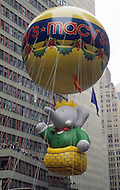 New York, U.S.A, 28th, November, 1991. Babar is the new king of Macy's Thanksgiving Parade.